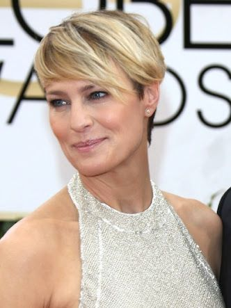Robin Wright Penn Haircut House Of Cards Google Search Cheveux Courts Coiffures Courtes Blondes Coupe De Cheveux