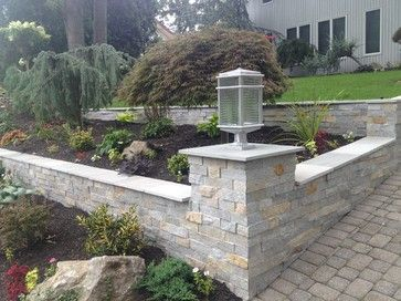 Retaining Walls On A Slope Sloped Driveway Garden Retaining Walls Transitional Landscape Sloped Front Yard Landscaping Retaining Walls Front Yard Design