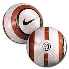 lluvia Faringe Piscina  Nike Total 90 Aerow Soccer Ball | Soccer ball, Soccer, Nike total 90