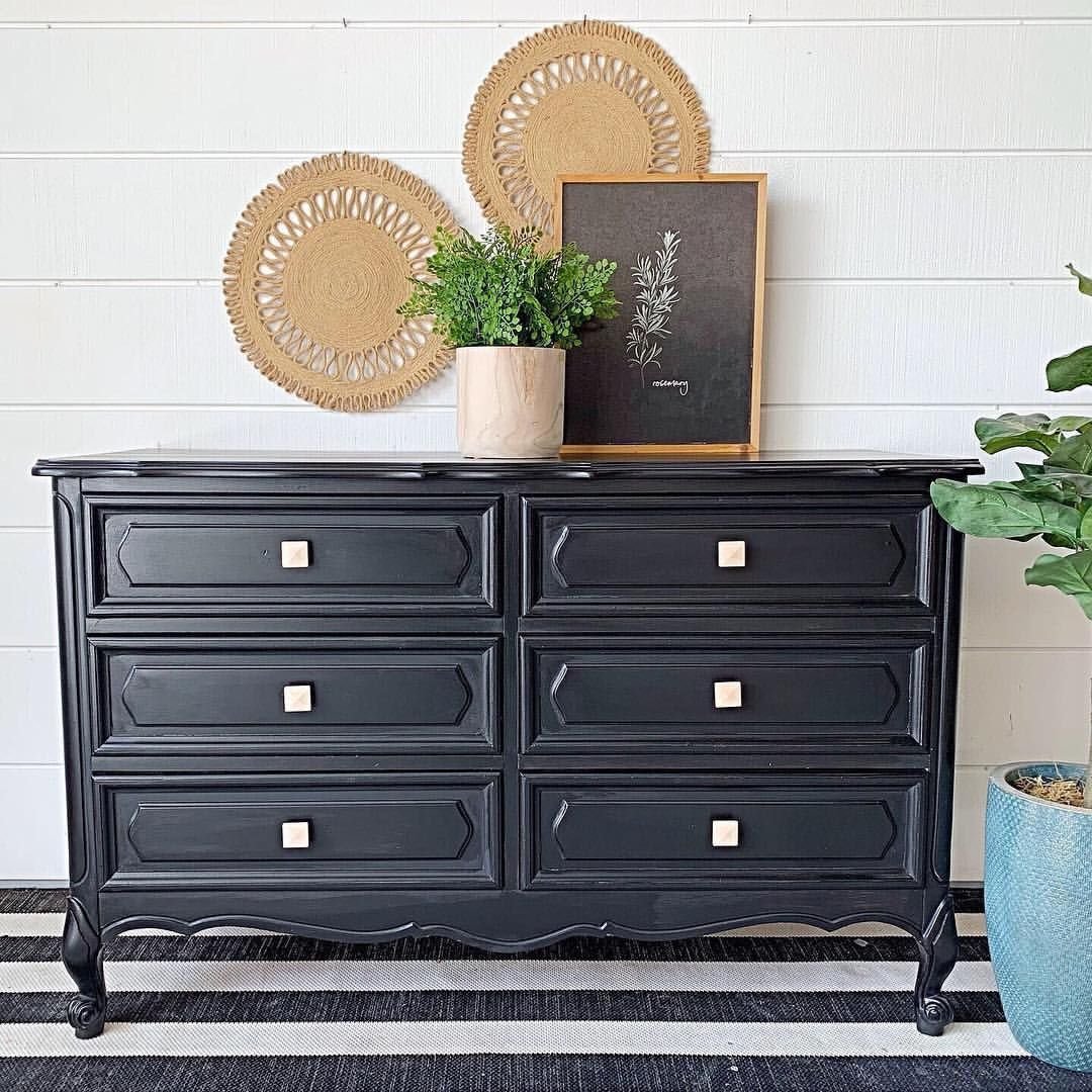 Awe Inspiring French Provincial Black Is Gorgeous On This Chalk Painted Home Interior And Landscaping Sapresignezvosmurscom