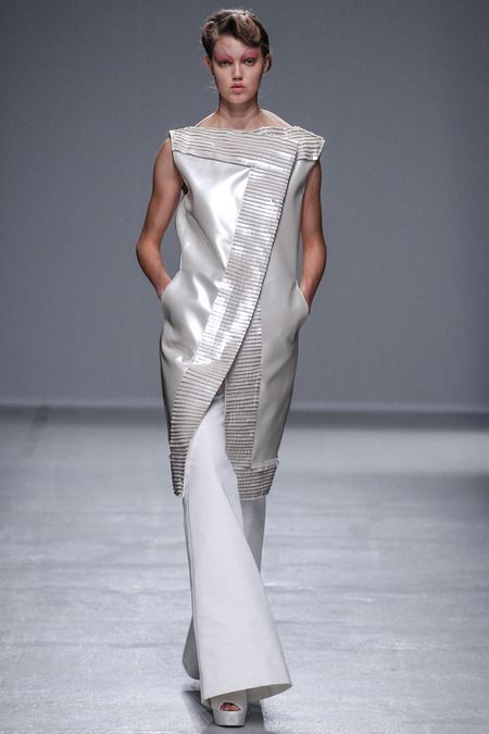 GARETH PUGH, PARIS FASHION WEEK : SPRING 2014 (dystopean)