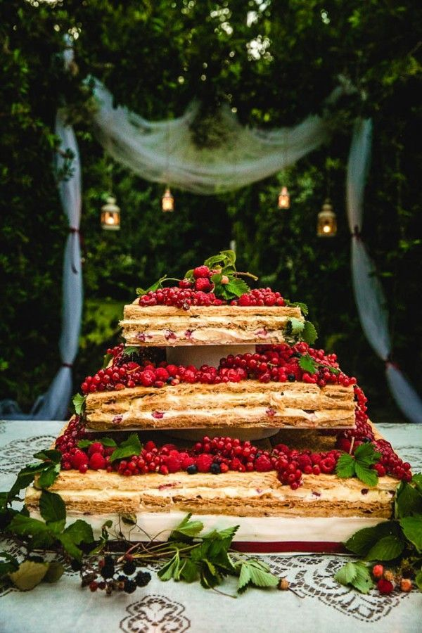 Colorful Destination Wedding in Italy Wedding Cake and Weddings