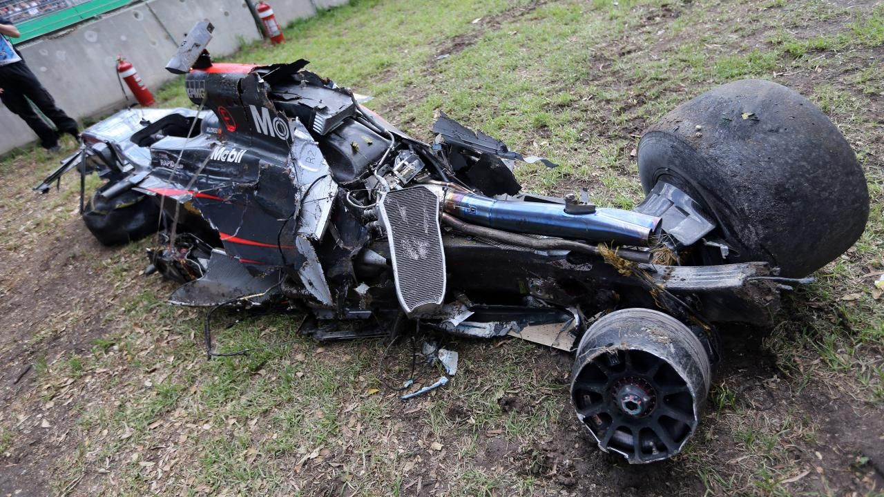 Fernando Alonso walked away from this crash Racing, Indy