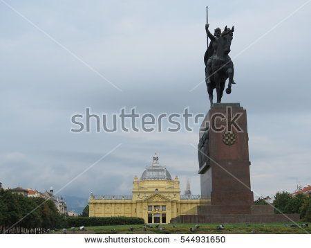 King Tomislav Square In Zagreb Croatia Art Pavilion And King Tomislav Statue Zagreb Croatia Zagreb Art