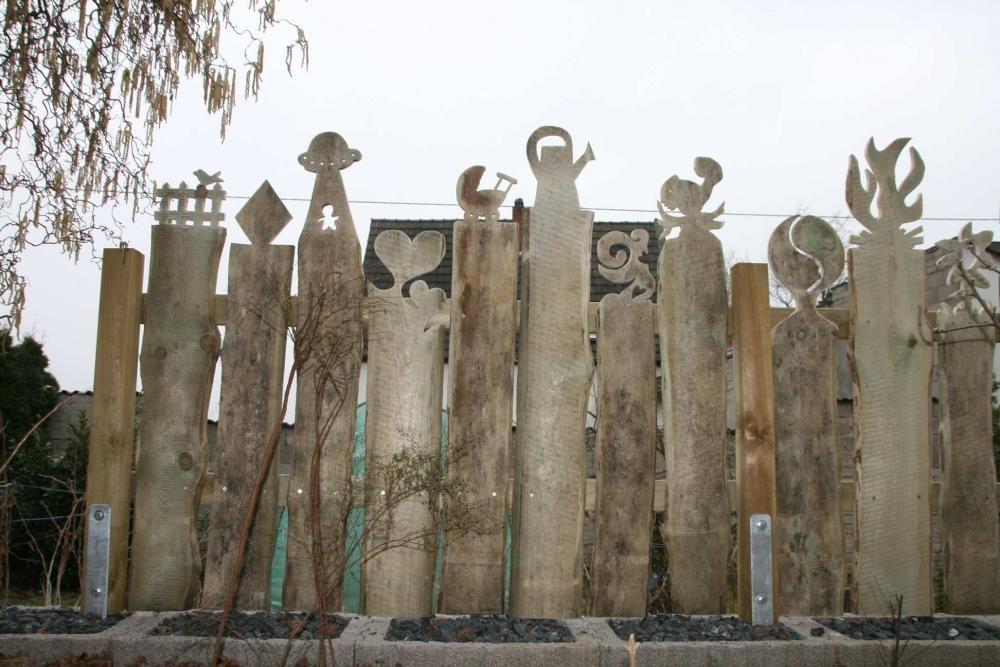 Die besten 25 balkonbretter holz ideen auf pinterest - Gartenfiguren holz ...