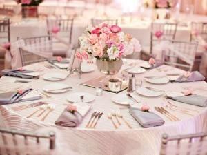 ... Blanc, argent et rose pâle - par LucieZM  Mariage, Chic and Roses