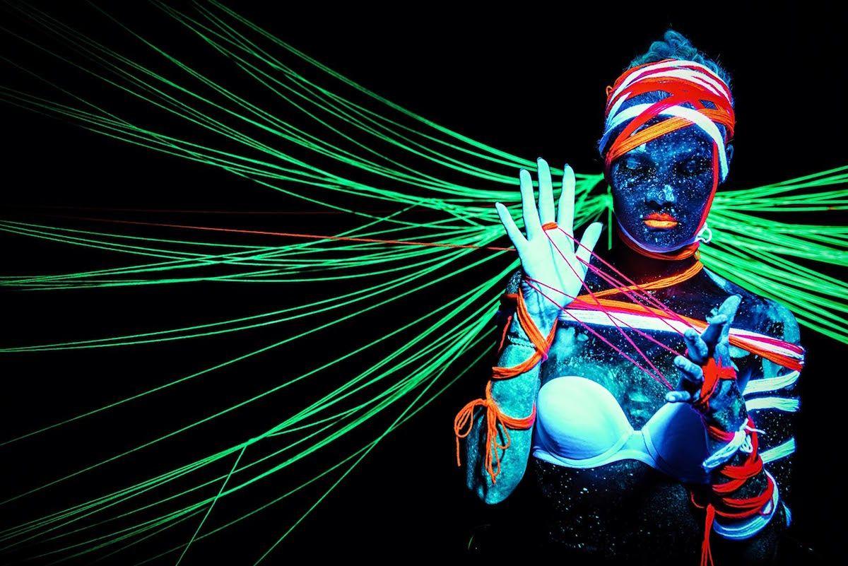 фотография с эффектом ультрафиолет своем инстаграме