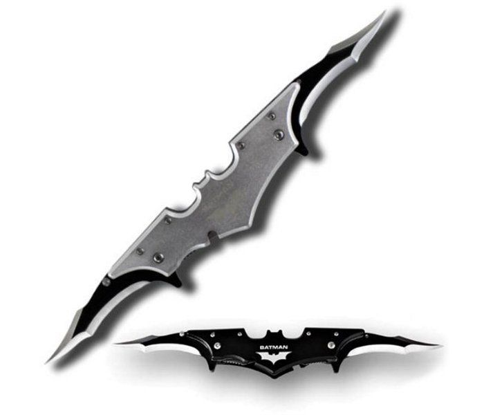 pleasant cool knives. Batarang  pocket knife I need to learn how throw this like a real