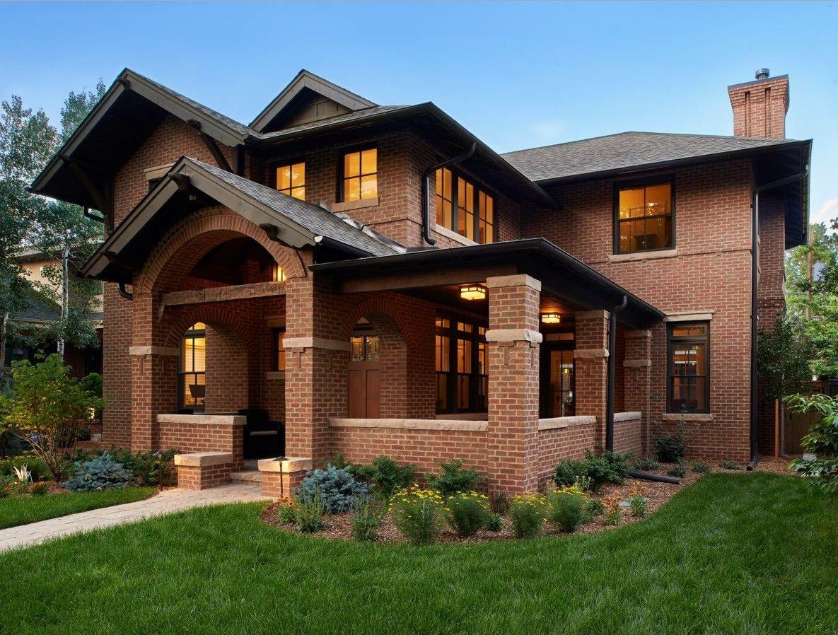 дизайн фасада дома из кирпича