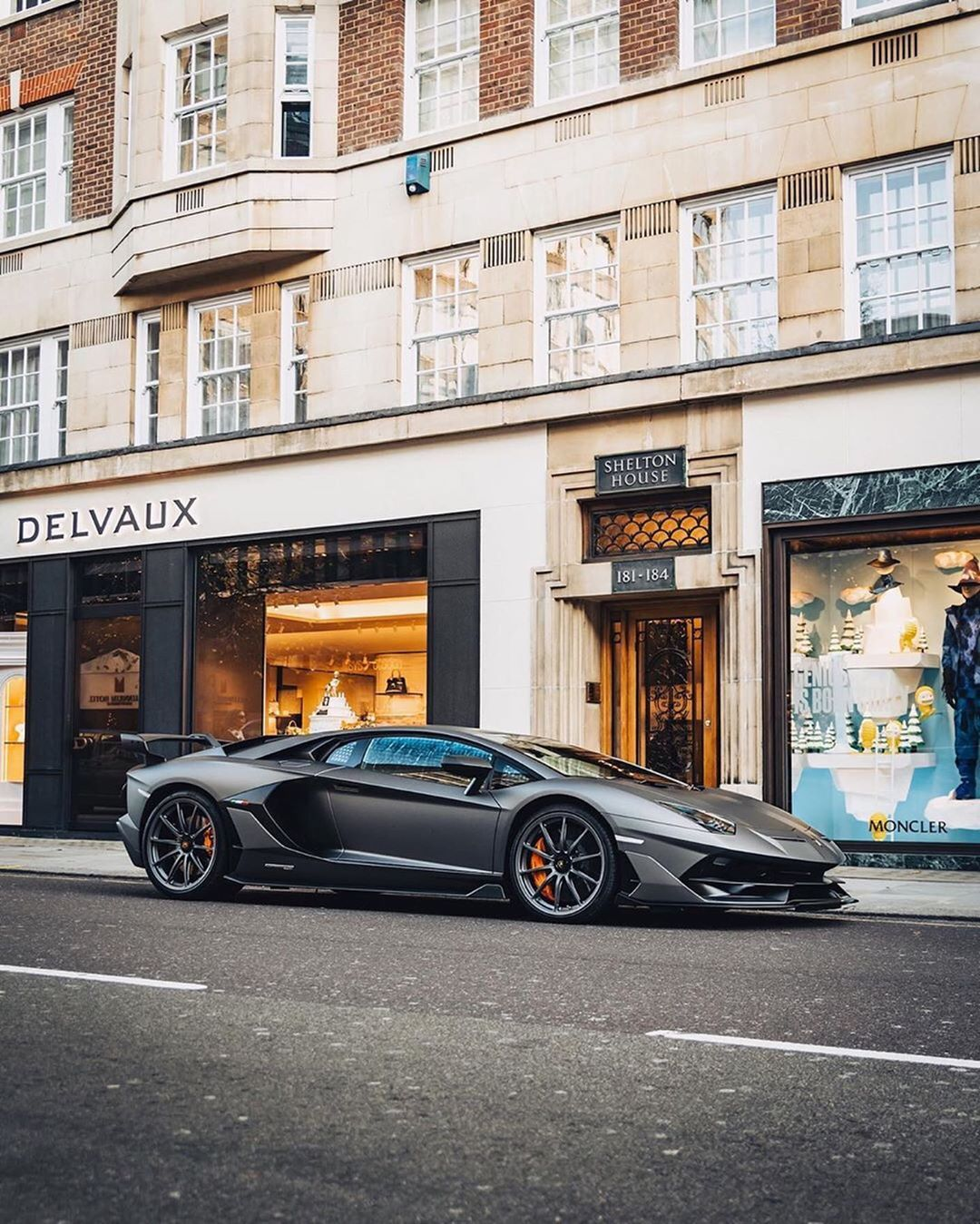 1 647 Likes 40 Comments Supercars Topdrift Topdrft On Instagram What Car Would You Drive In Your City 1 Super Cars Best Luxury Cars Lamborghini