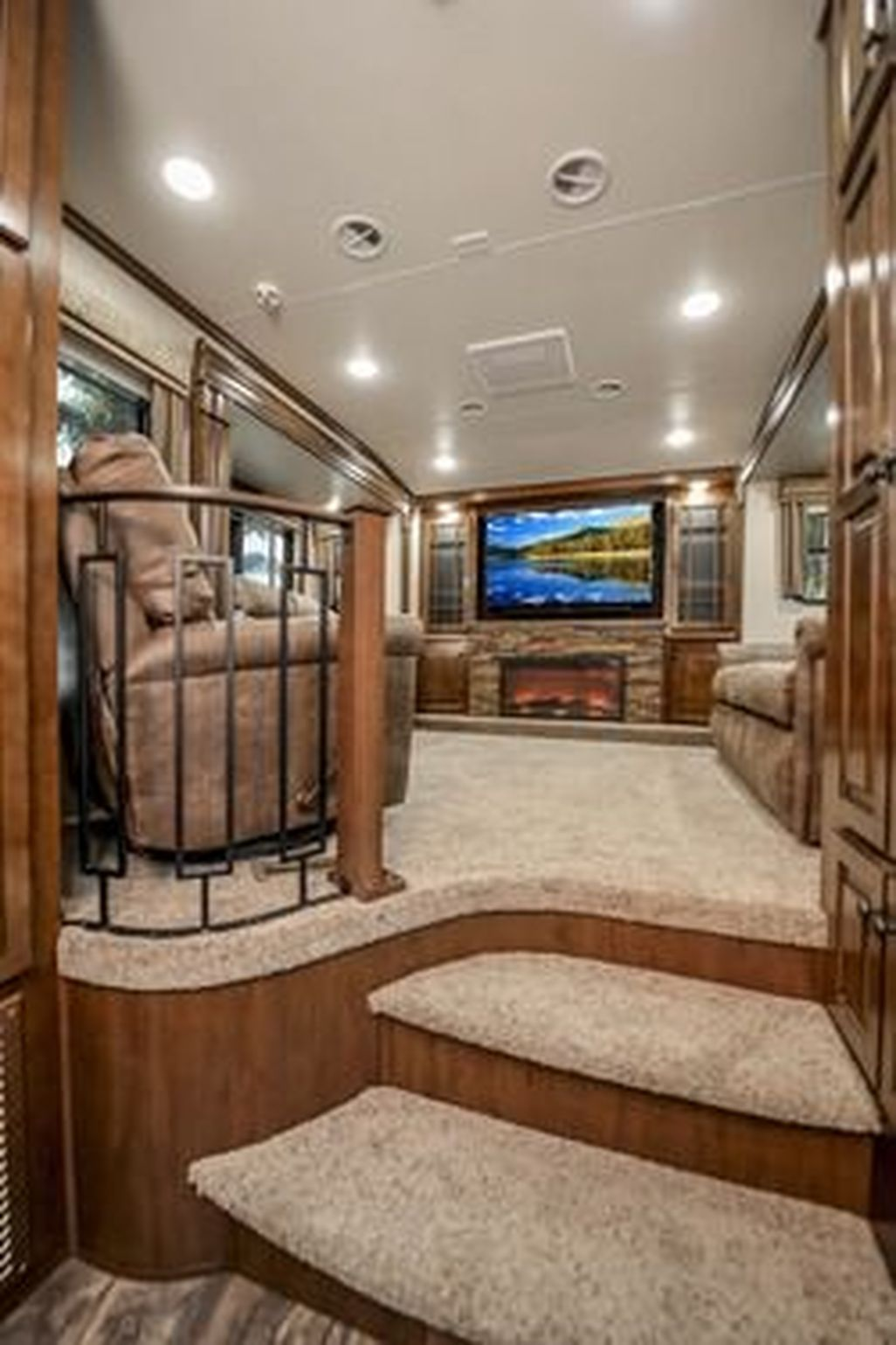 42 Amazing Luxury Travel Trailers Interior Design Ideas Luxury