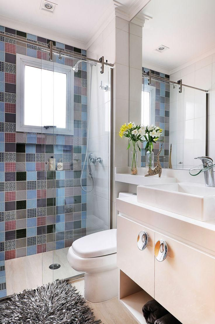 Bunte Badezimmer Zuhause Small Bathroom Bathtub Und Bathroom