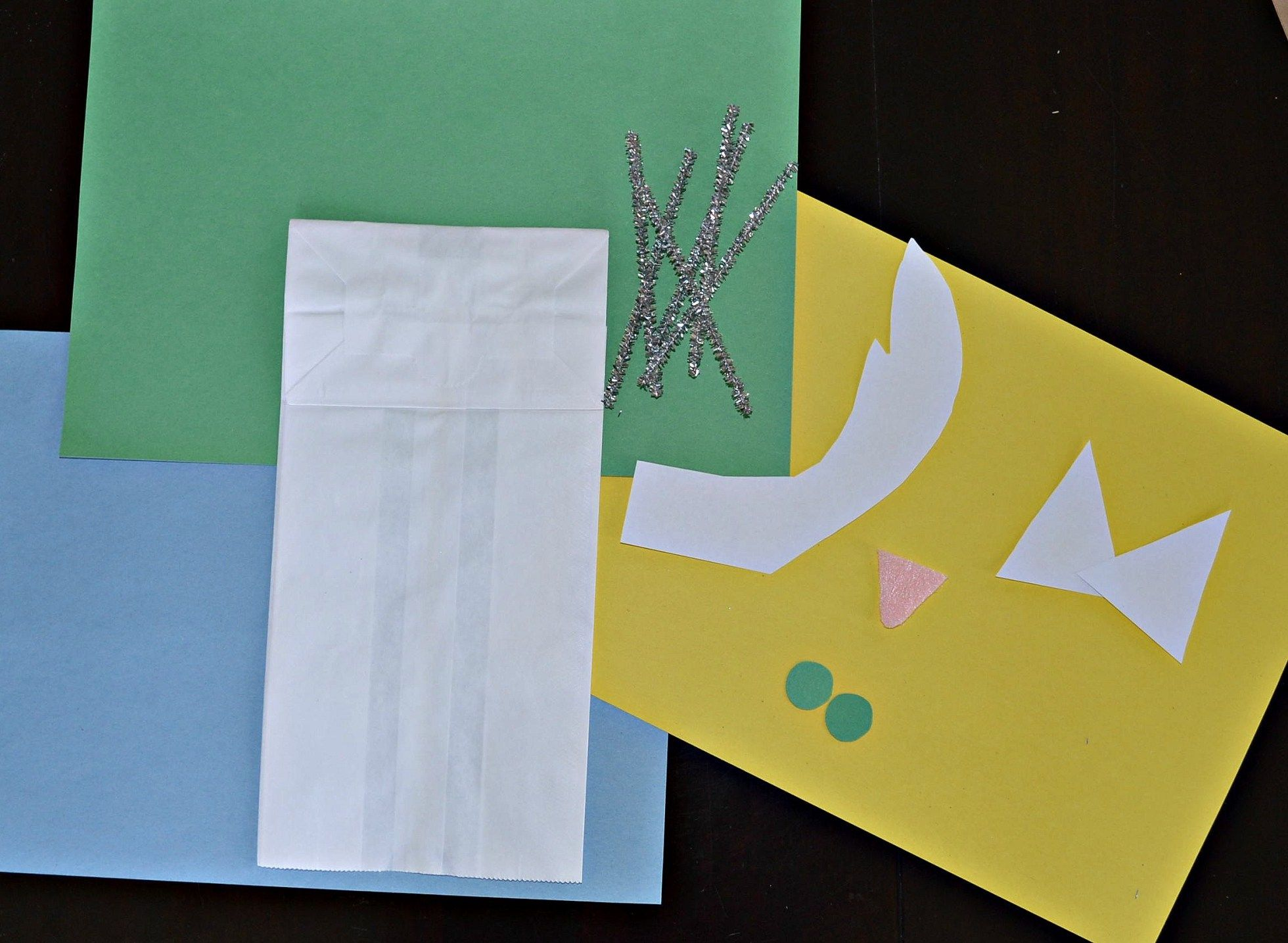 Easy Paper Bag Puppets You Can Make With Household Items