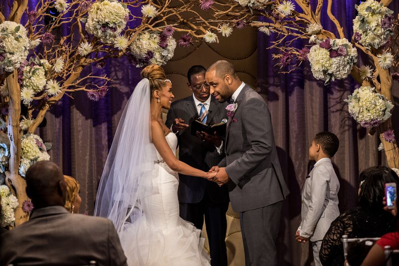 Check out today's chic Las Vegas Real Wedding!