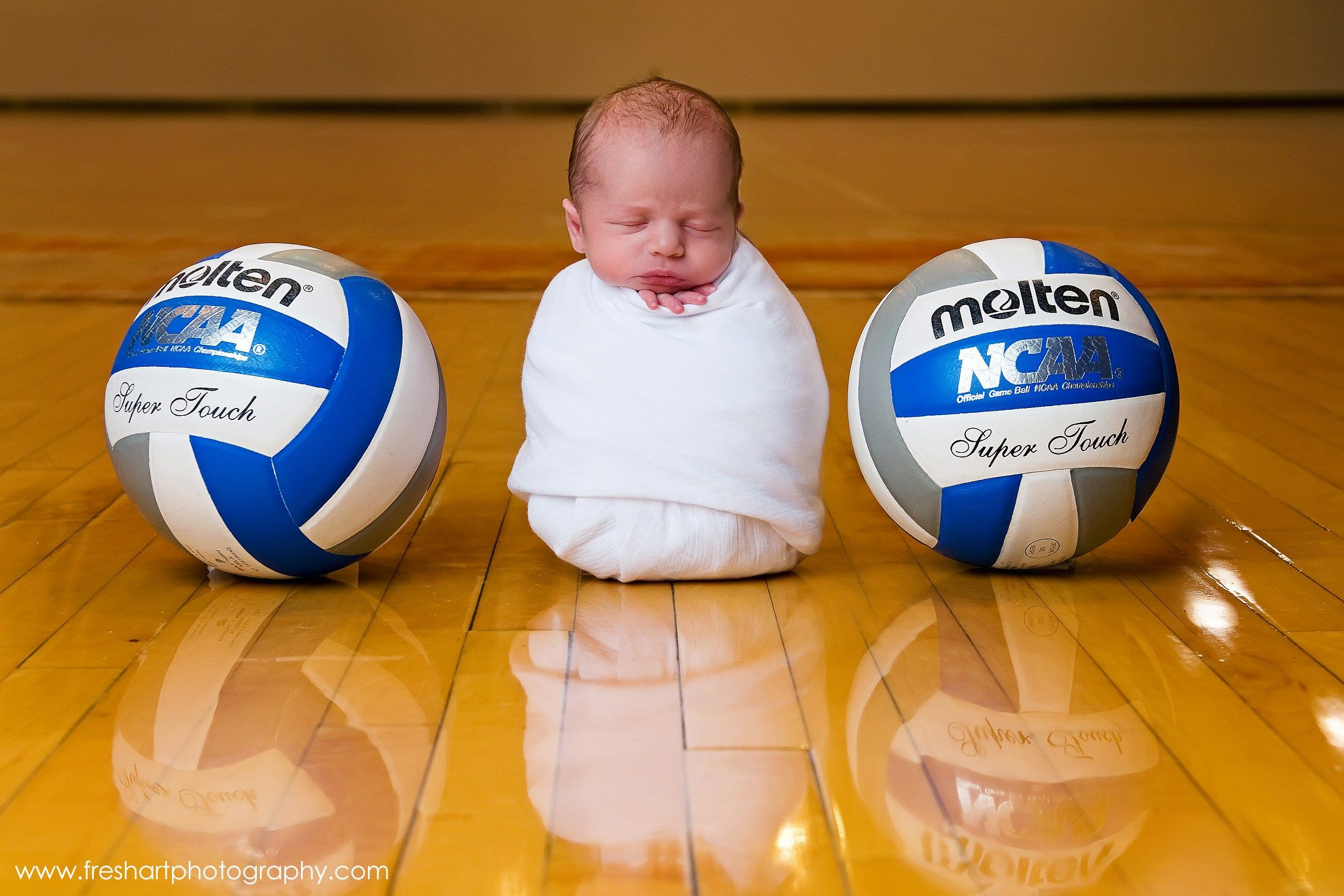 Nothing Like Starting Your Kids Playing Volleyball At A Young Age Volleyball Volleyball Pictures Coaching Volleyball
