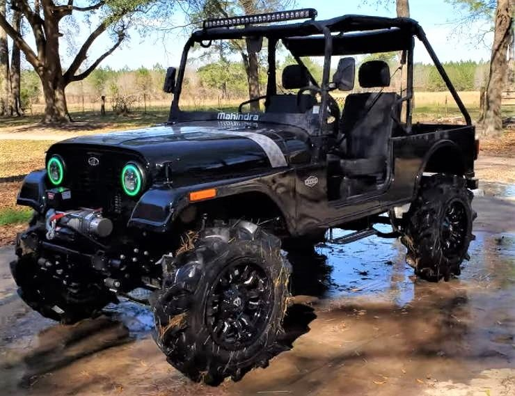 Mahindra Thar Based Roxor With Big Lift Tractor Tyres Looks Off