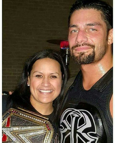 Roman Reigns With His Sister Ritza At A Alabama House Show Roman