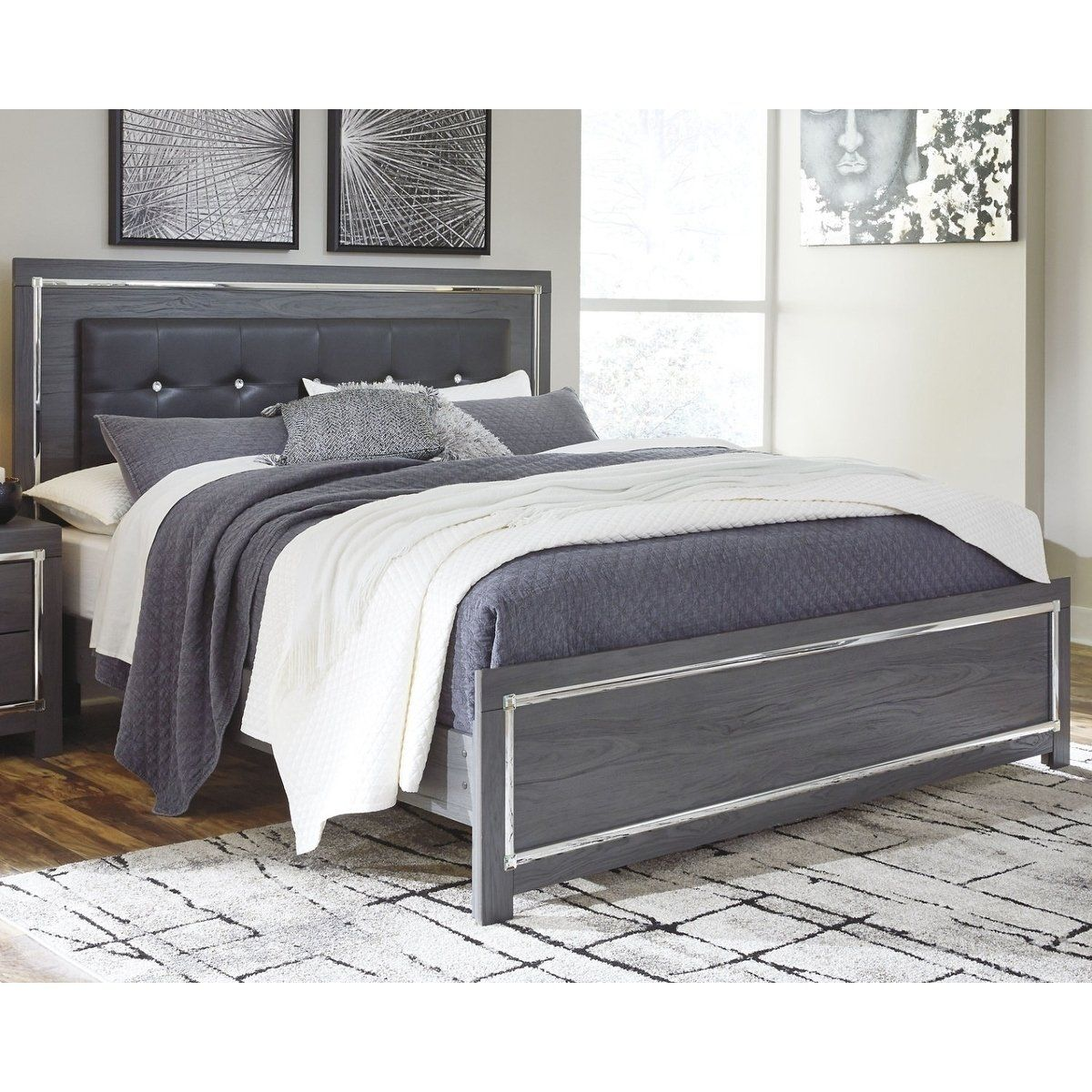 Best Signature Design By Ashley Lodanna Grey Wooden Upholstered 640 x 480