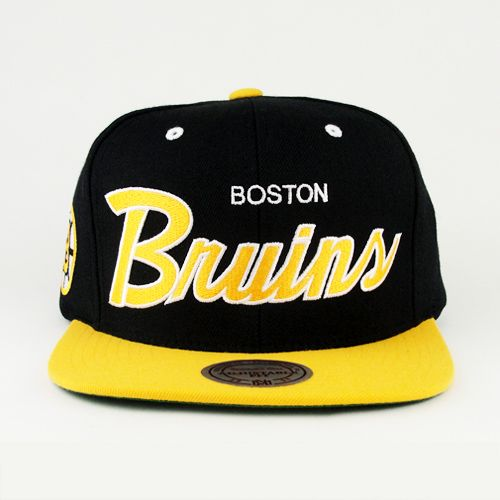 04422c93e79 Boston Bruins SNAPBACK Mitchell And Ness (Green Under)
