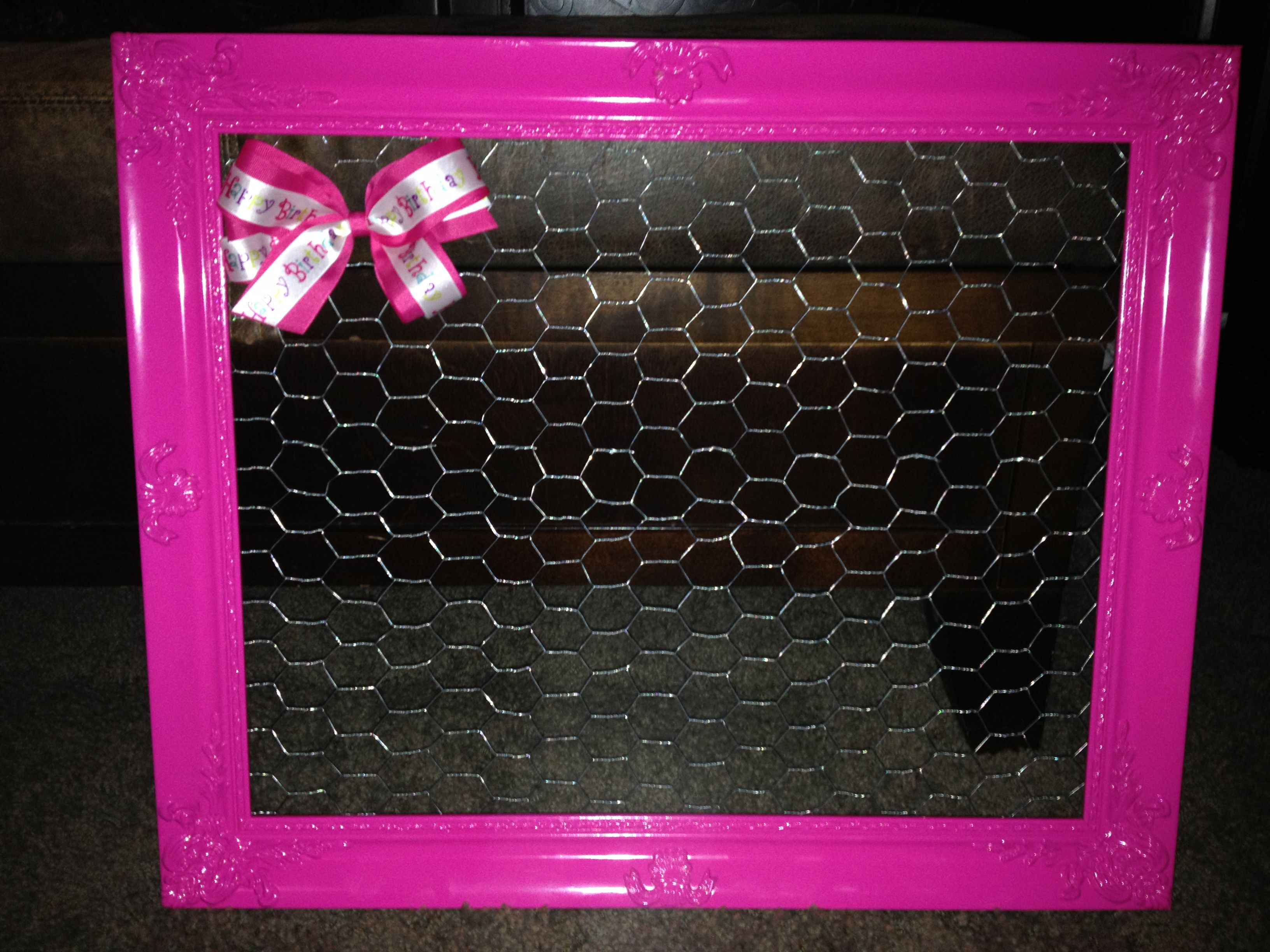 DIY Bow holder Frame from hobby lobby add chicken wire Super