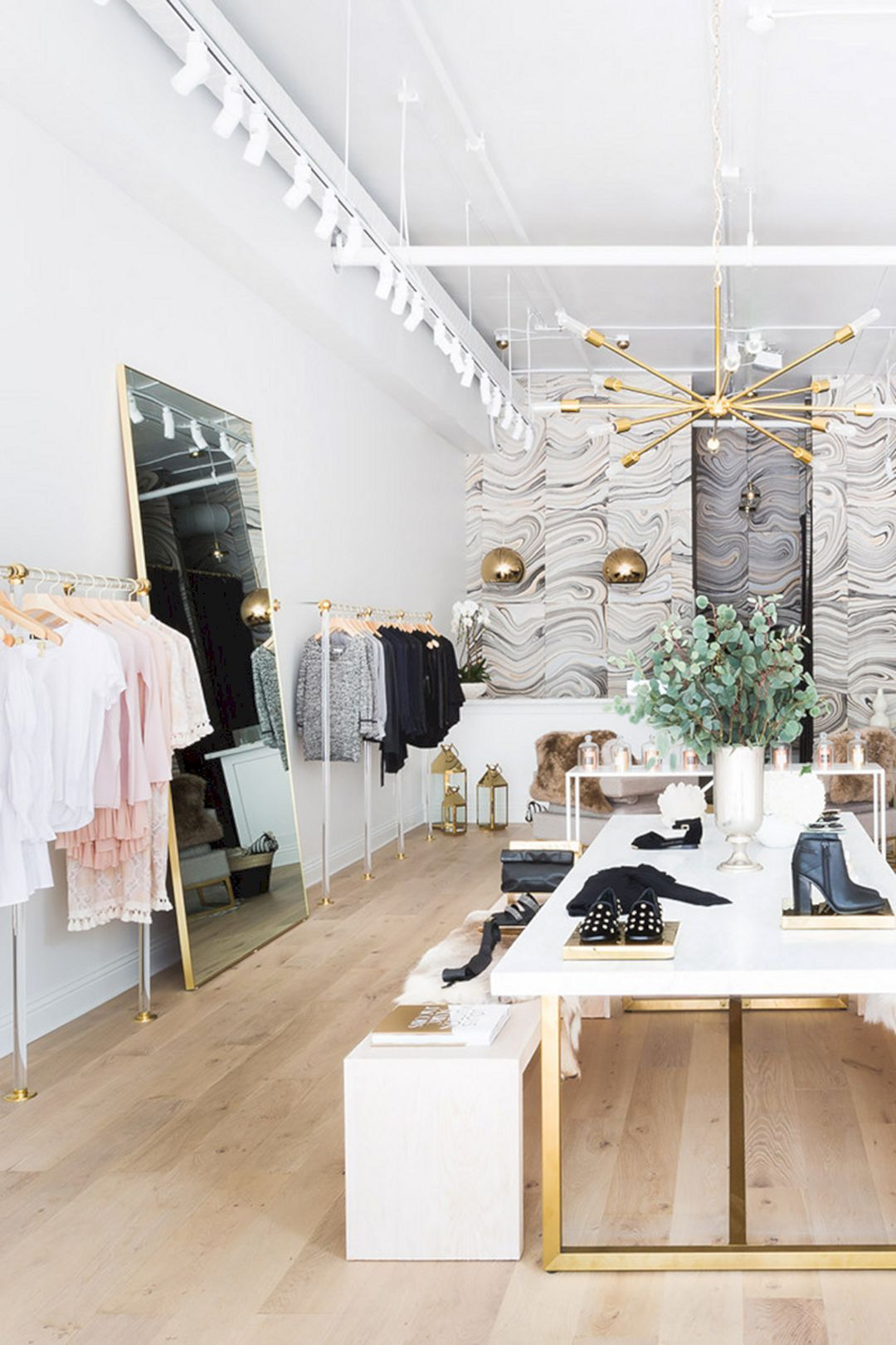 Best best 35 clothing boutique interior design ideas you need to try https