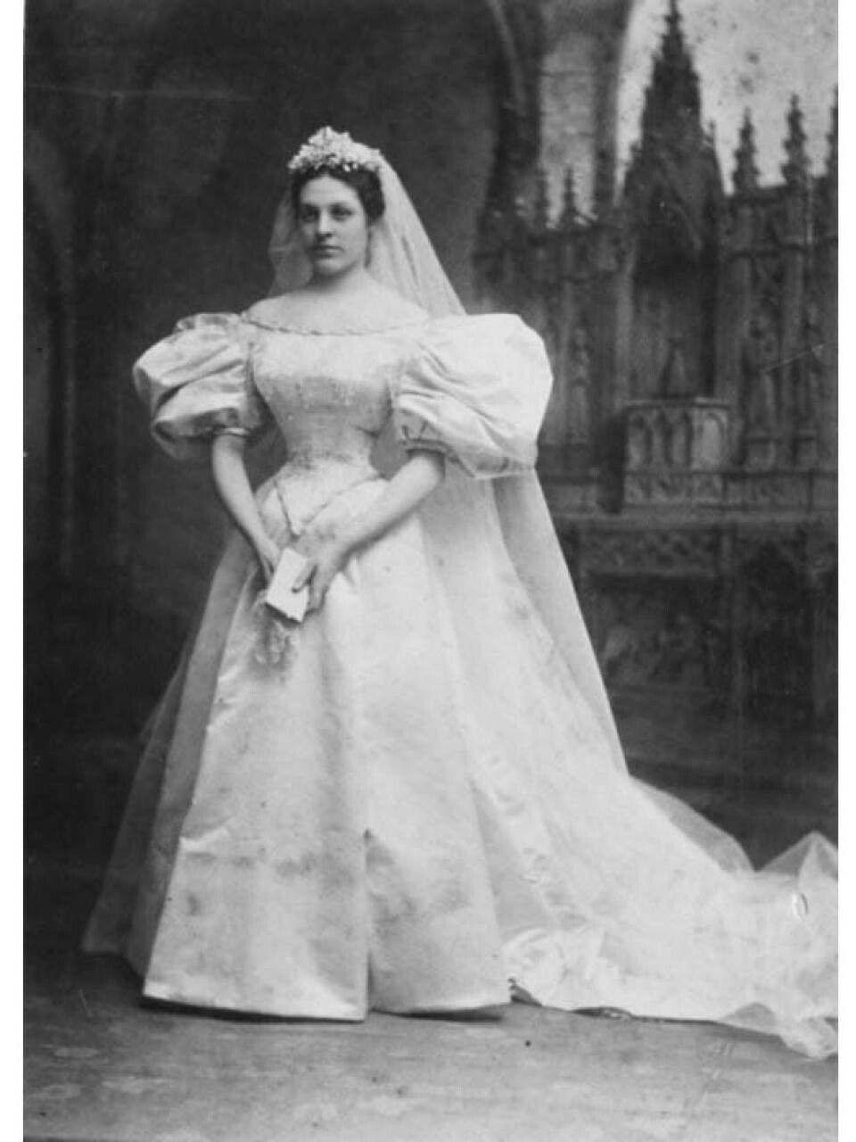 5bca508464f Wedding dress used by multiple generations