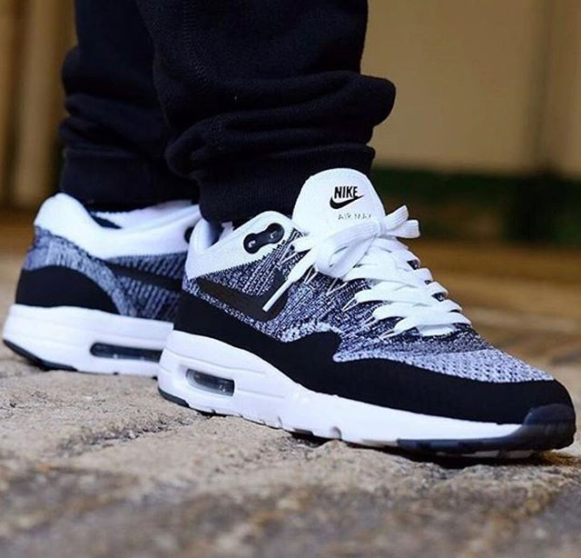 Best Shoes on | Exclusive shoes, Sneakers fashion, Nike air max