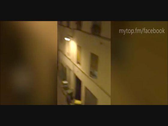 Ataques em Paris | Imagens- Na noite de 6ª Feira 13 de Novembro de 2015 ocorreram uma série de 7 ataques terroristas na capital francesa que fizeram mais de 100 mortos e para cima de 200 feridos.