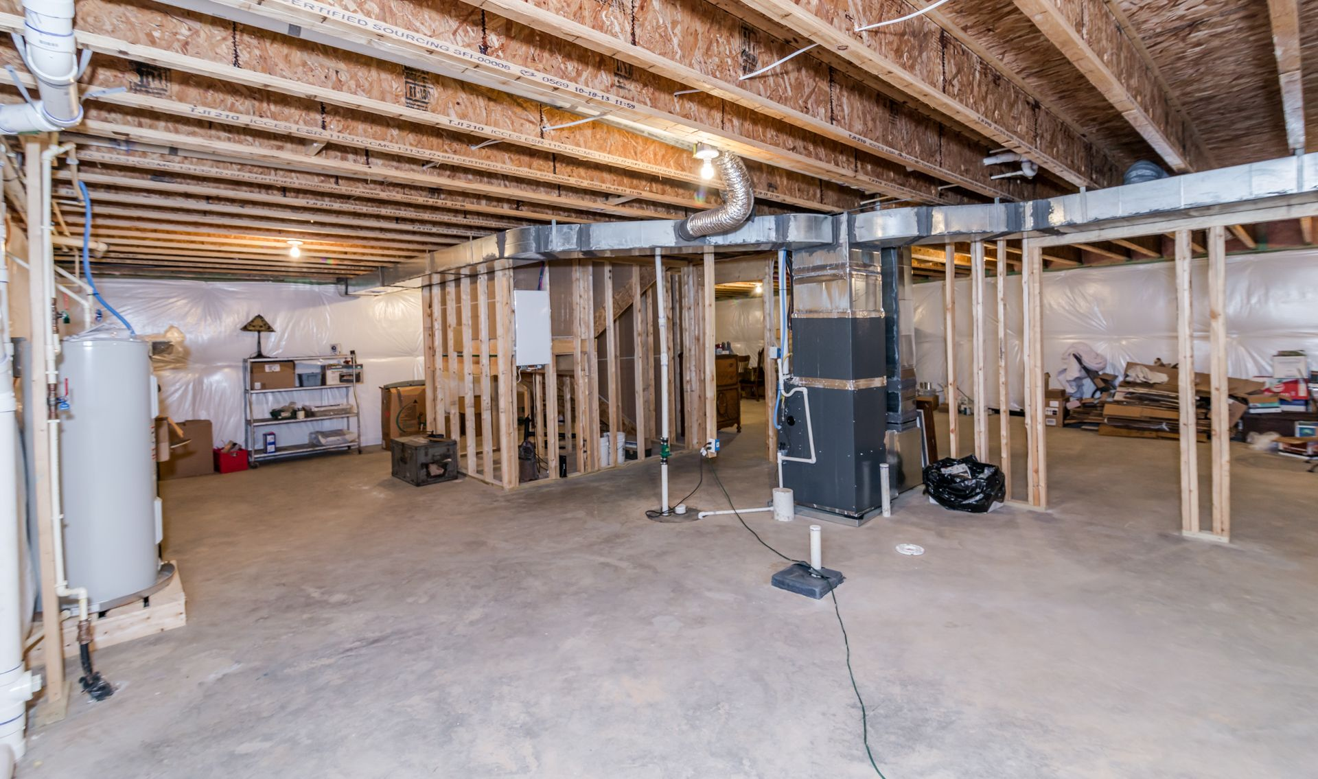 Ft Unfinished Basement Plumbed For Bathroom & Wet Bar Great