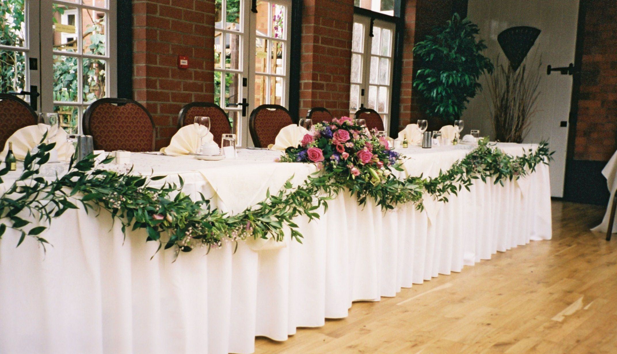 Marvelous #Wedding Reception #bridal #table #flowers Top Table Hanging Pink
