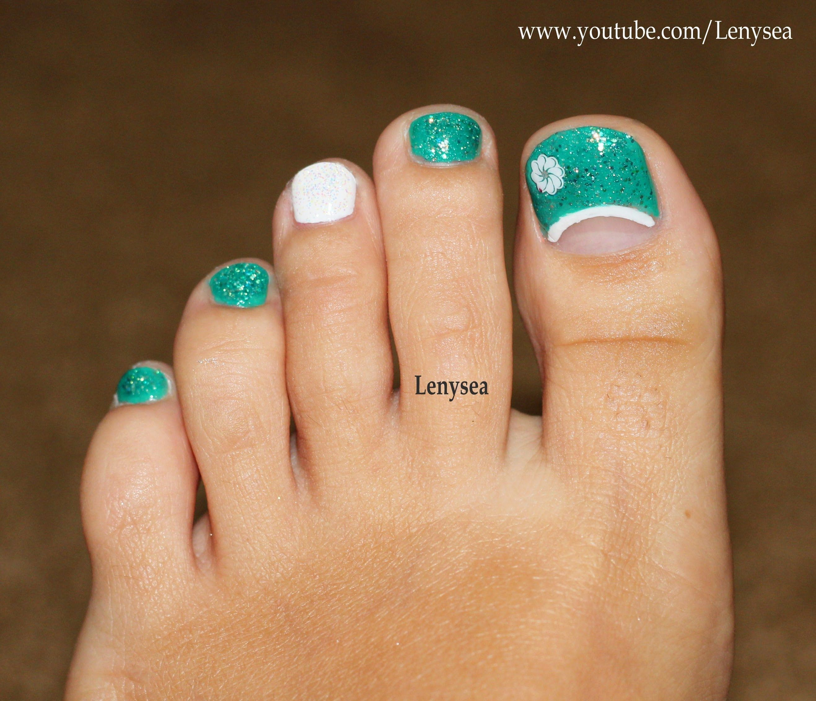 Toe Nail Design for Beginners: Teal and White | All things Nails ...