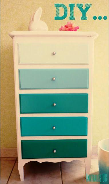 relooker une commode avec des testeurs de peinture avant. Black Bedroom Furniture Sets. Home Design Ideas