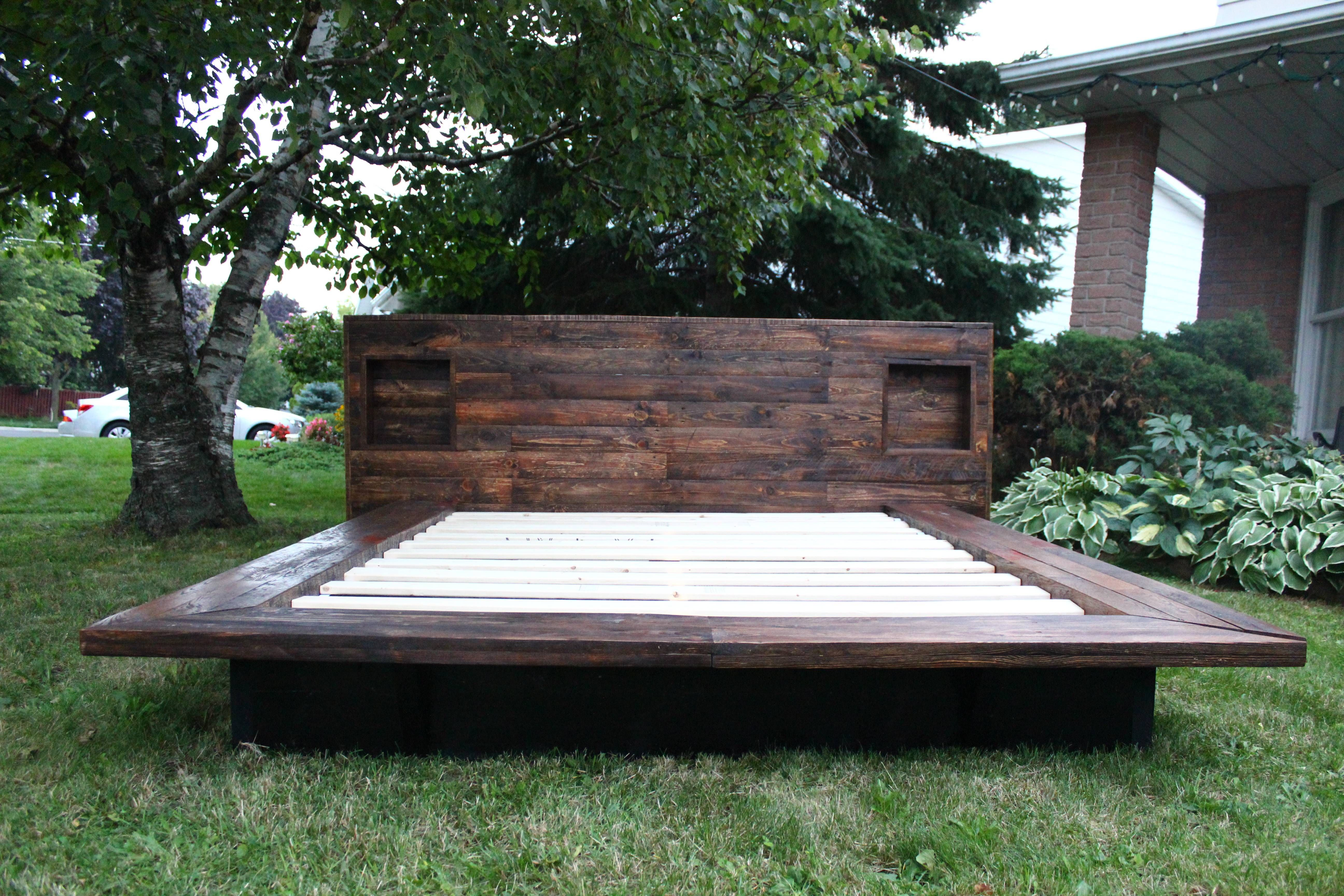 Japanese style platform bed, made from pallet wood!
