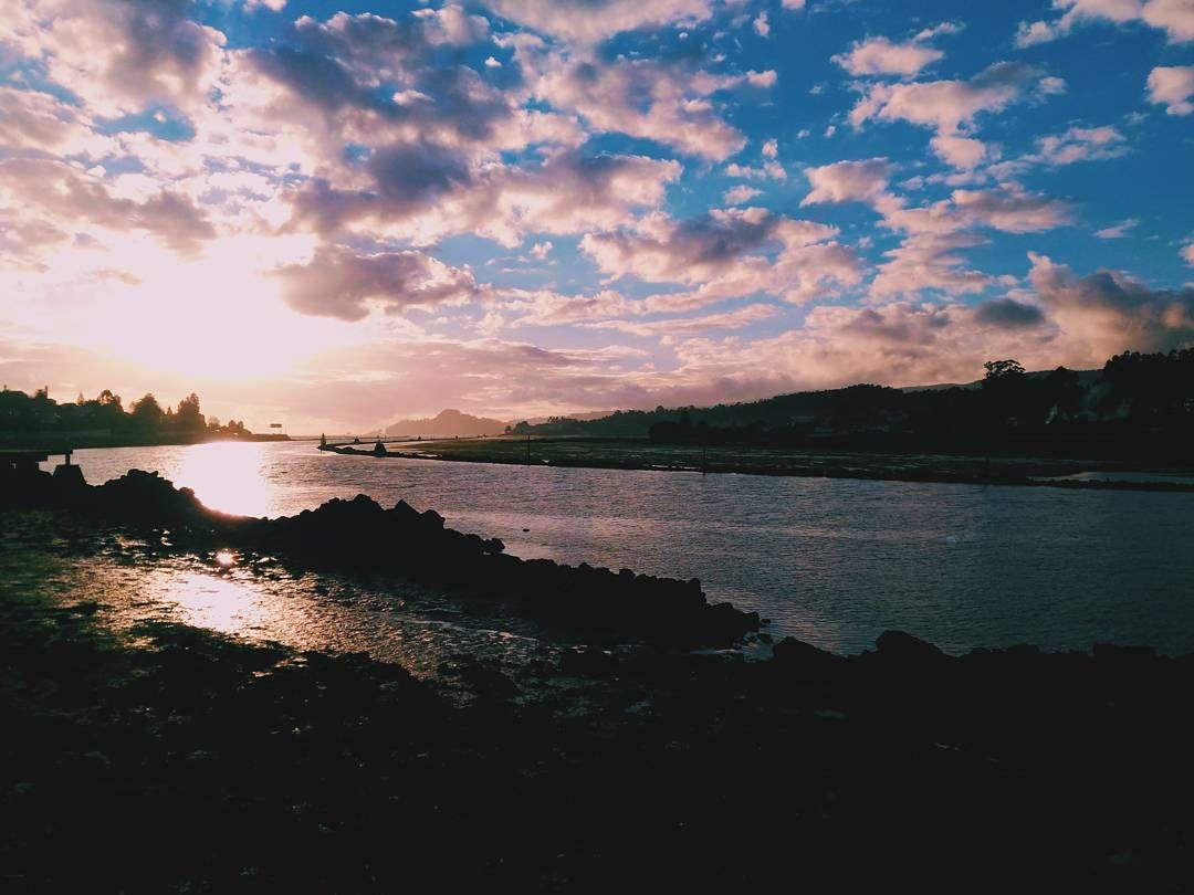 Hay días que tienen que acabar bien si o si... Pontevedra  #vscocam #vsco #galicia #pontevedra #love #lovely #igspain #visitspain #igersspain #hallazgosemanal #igers #asusfoto #megustazenfone #sunset
