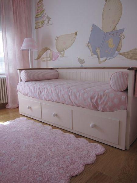 Alfombra galleta rosa lorena canals sisters room - Alfombra habitacion bebe ...