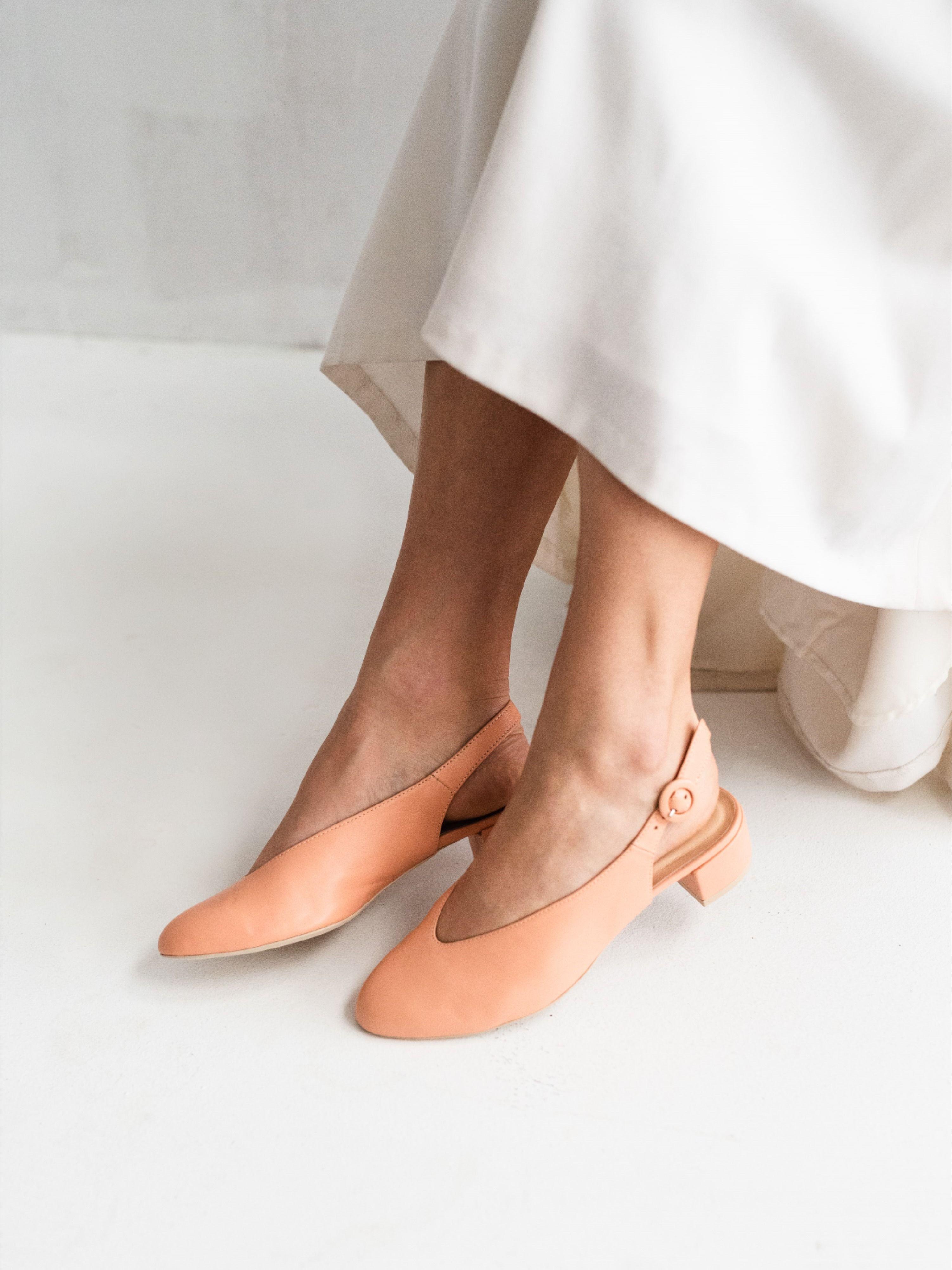 Jak Wybrac Buty Slubne Shoes Heels Kitten Heels
