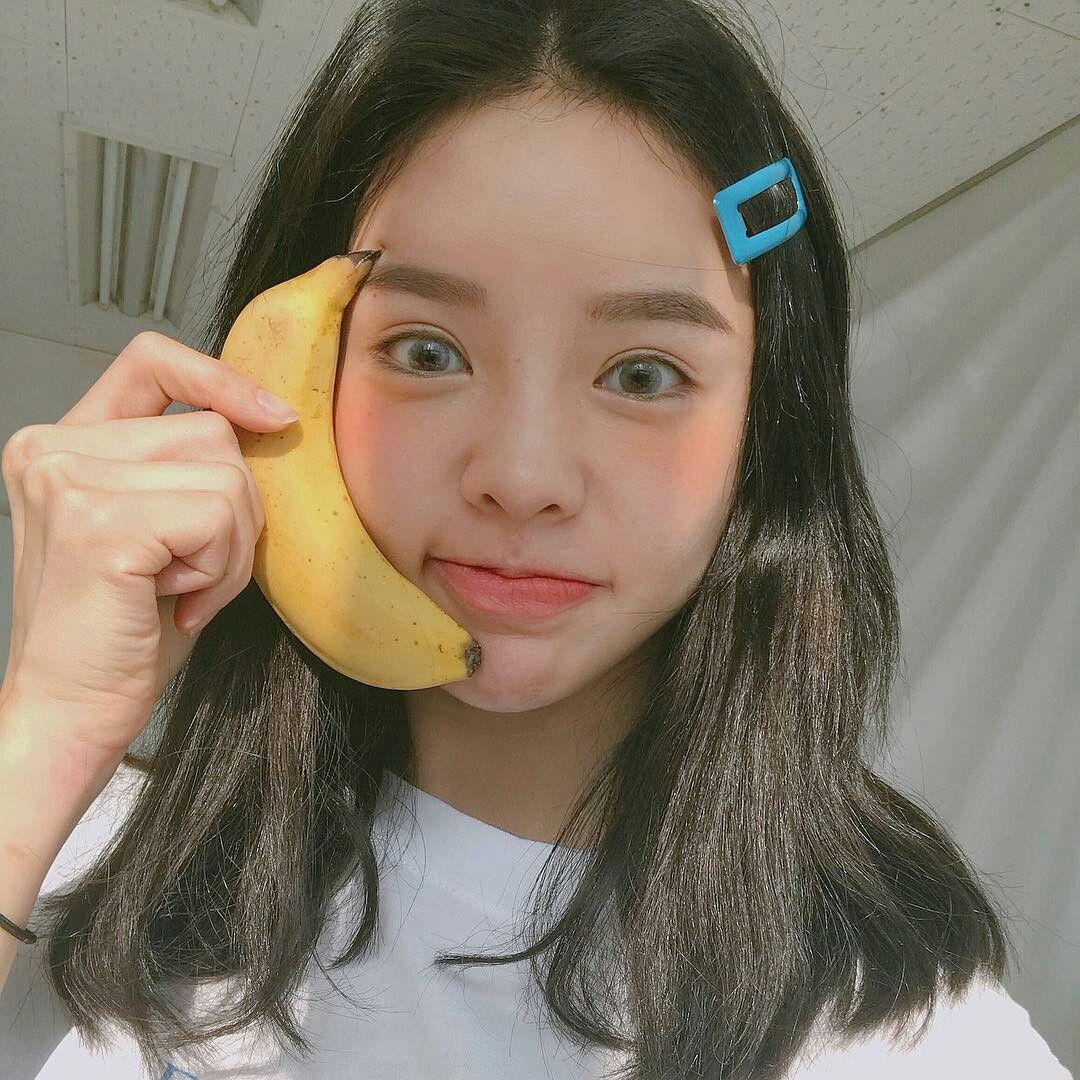 ☁ @naemchi ━ #ulzzang #kfashion #aesthetic #art #scenery #visual #cute  #tumblr #stunning #asian #korean #illustrati… | Ulzzang girl, Uzzlang girl,  Long hair styles