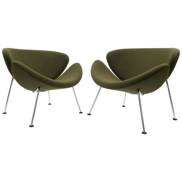 Design Salontafel Artifort.Pair Of Pierre Paulin Orange Slice Lounge Chairs In Green For