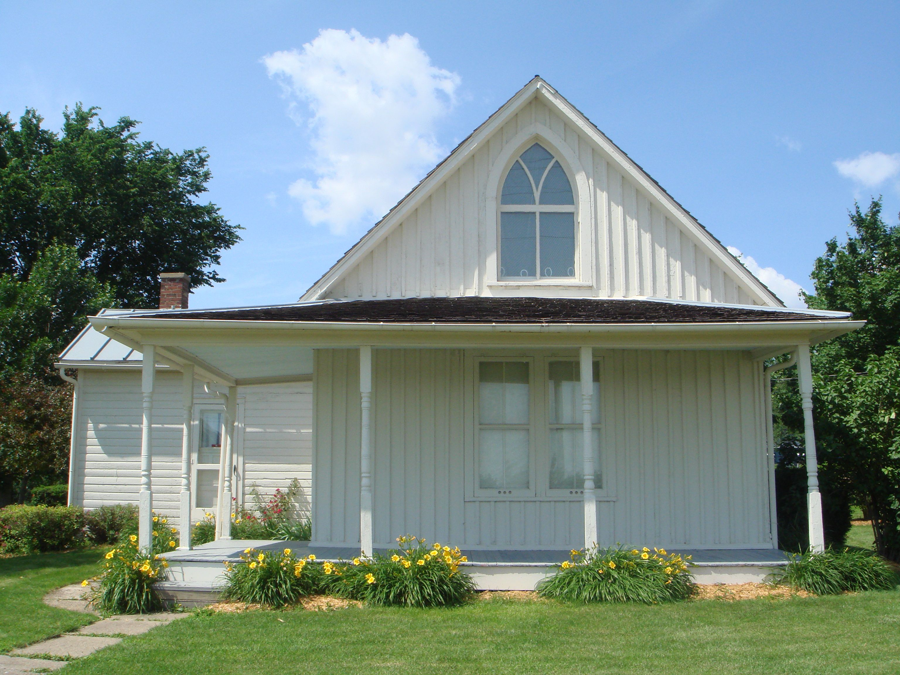 American Gothic House Wikipedia The Free Encyclopedia Gothic House American Gothic American Gothic House