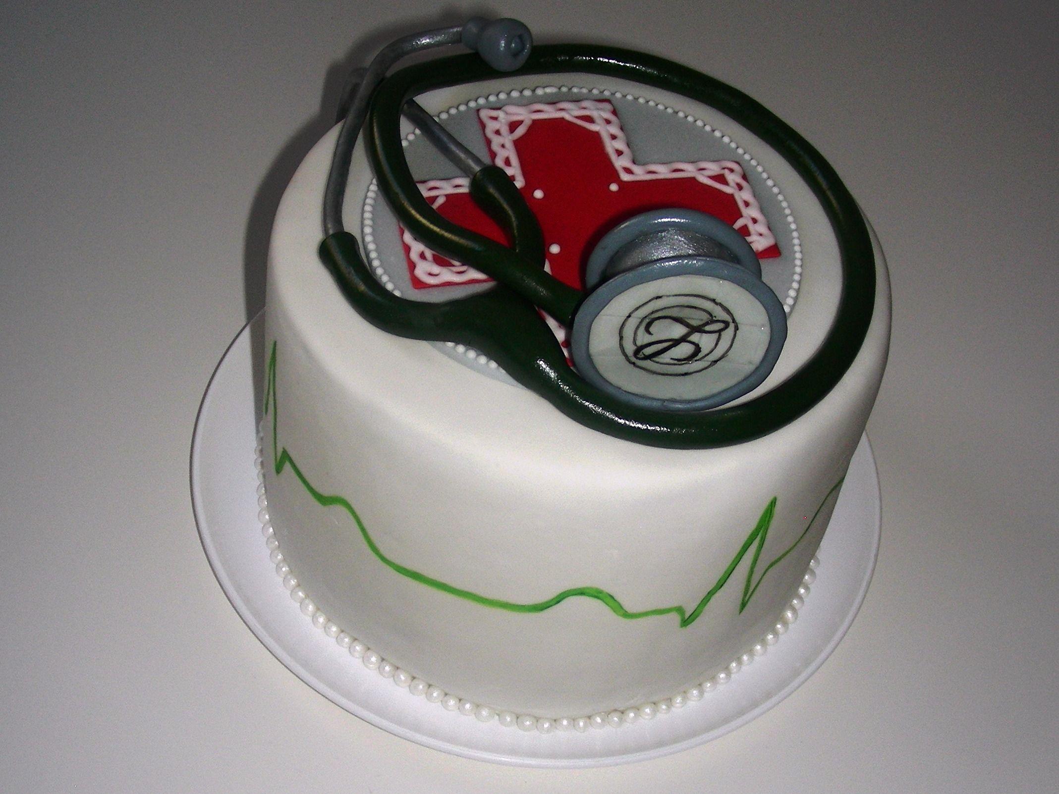 Arzt-Torte zum PJ-Beginn | Fondant Cake Ideas | Torte ...