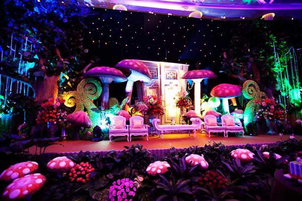 alice in wonderland themed wedding 45 Alice in wonderland