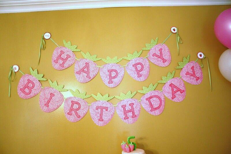 Wall decoration | Strawberry Shortcake | Pinterest | Wall ...