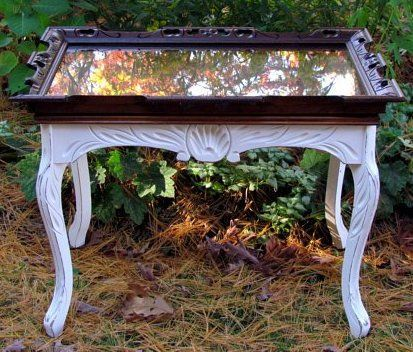 Diy Picture Frame Coffee Table Picture Frame Top On Painted Coffee Table Cottage Style Repurpose Upcycle Decor Picture Frame Table Coffee Table Upcycle