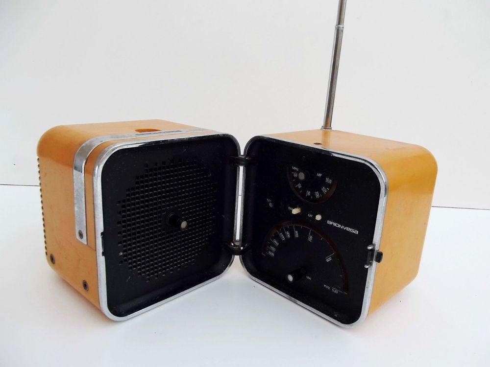 Brionvega Radio Cubo TS 502 Pubblicità Marco Zanuso Richard Sapper Locandina