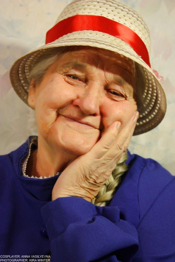 Granny Sophie Hatter Black Widow Cosplay Epic Cosplay Beloved Movie