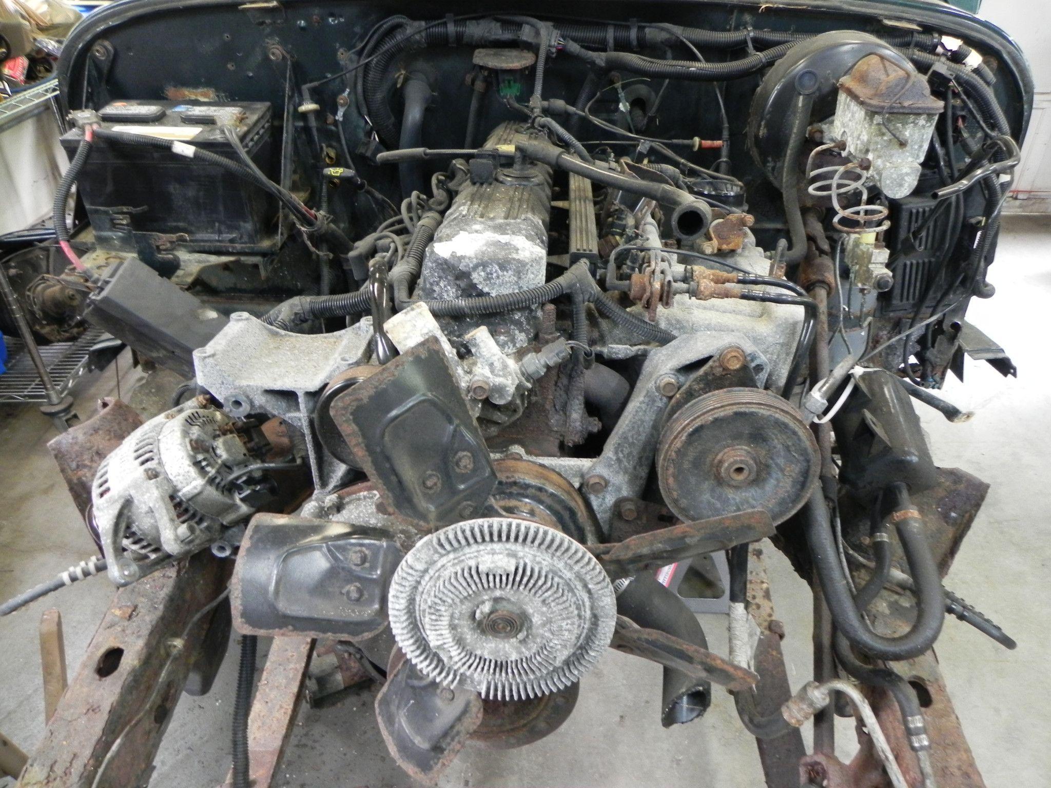 motor 4 0 liter straight 6 manual 115k miles 1994 jeep wrangler yj used jeep wrangler  [ 2048 x 1536 Pixel ]