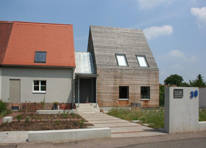 Architekten Zwickau extension of the half of the house designed by konig