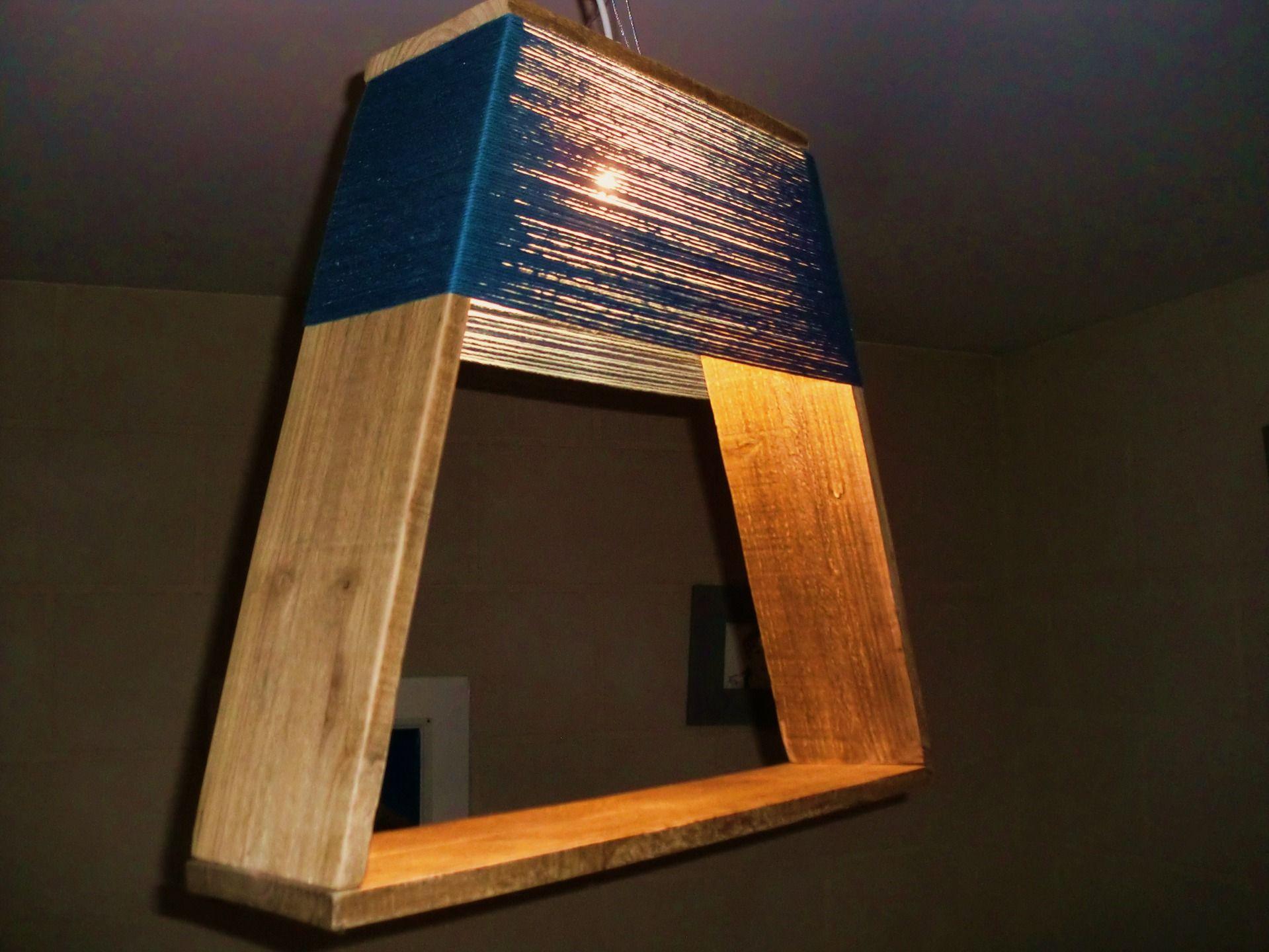 lampe / suspension / abat jour en bois de récup' et coton bleu