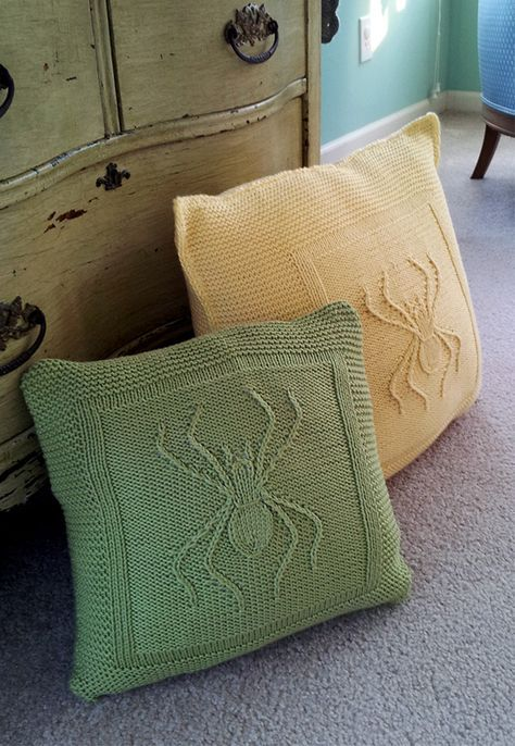 Free Knitting Pattern For Arachnid Throw Pillow Great For
