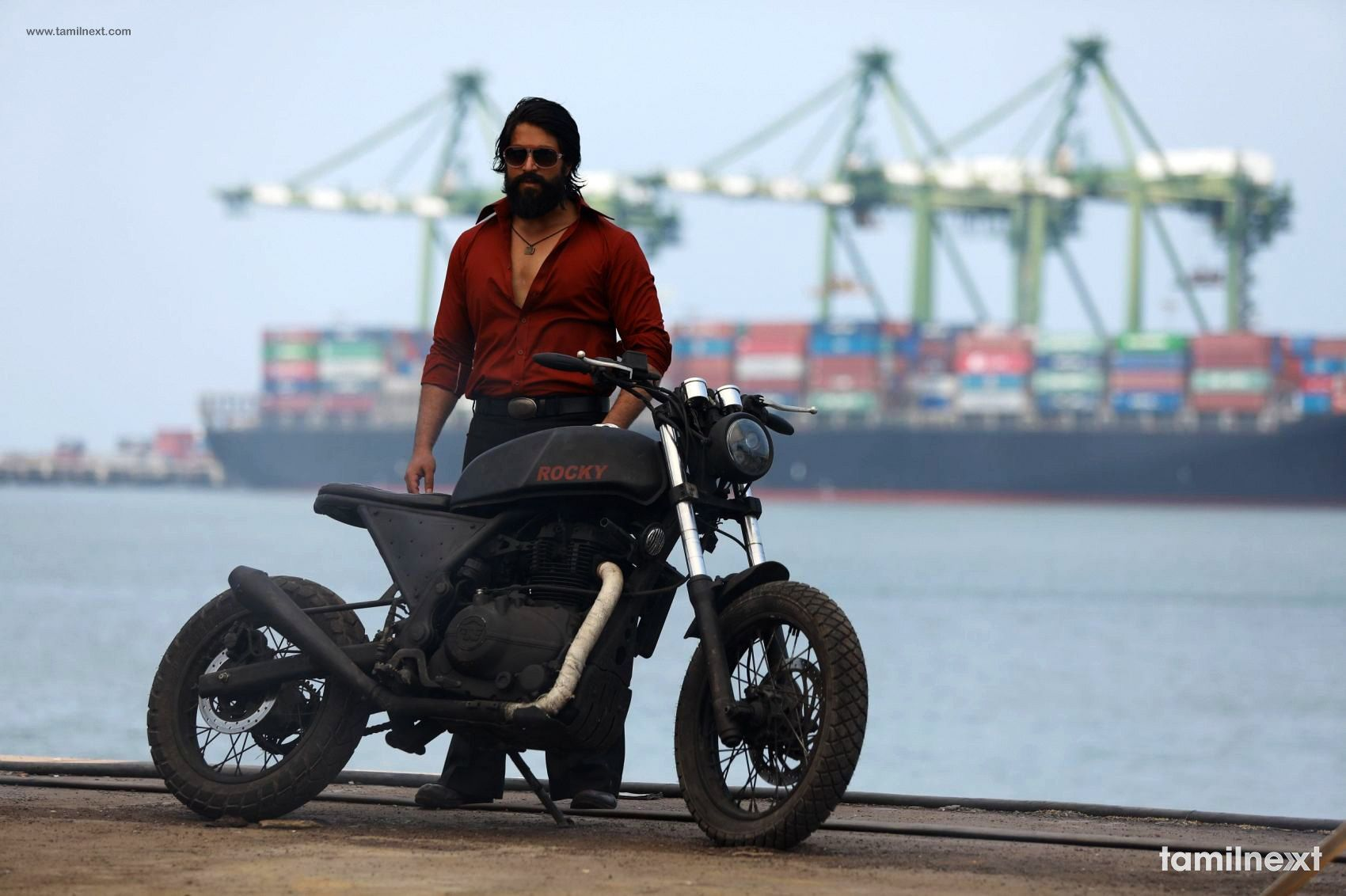 Kgf Movie Hd Photos Hd Photos Actors Images Actor Photo